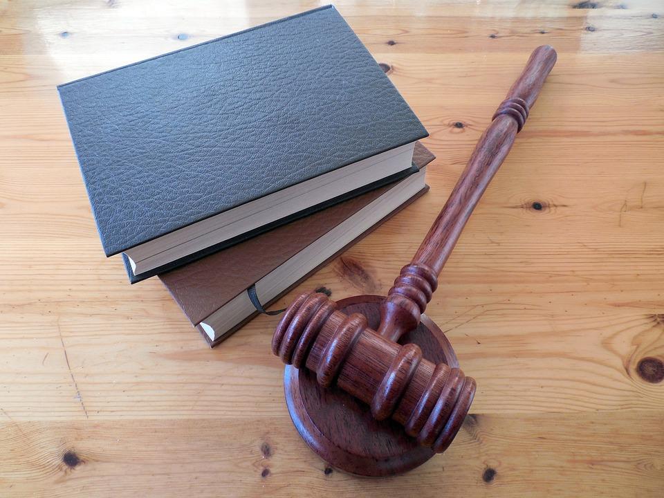 Prawnik a radca prawny – różnice