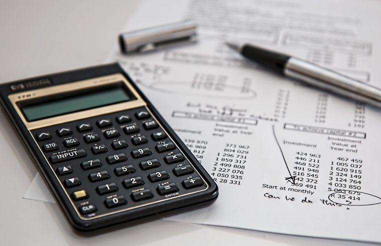 Czy warto korzystać z usług biura rachunkowego przy własnej działalności gospodarczej?